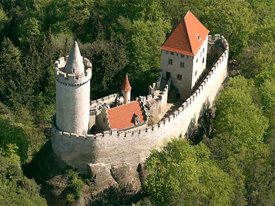 Znalezione obrazy dla zapytania kokořín hrad